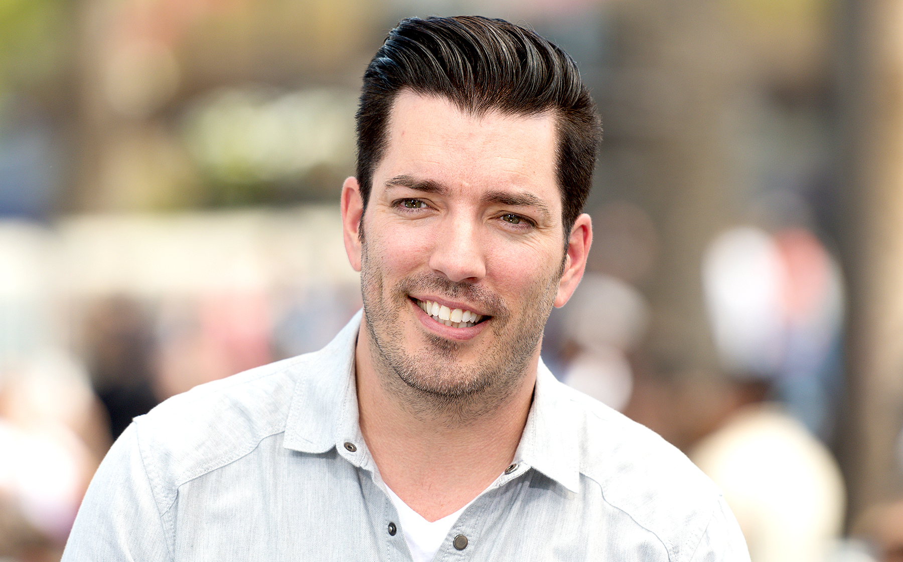 Drew Scott Net Worth 2020 - A Canadian Actor, Realtor and