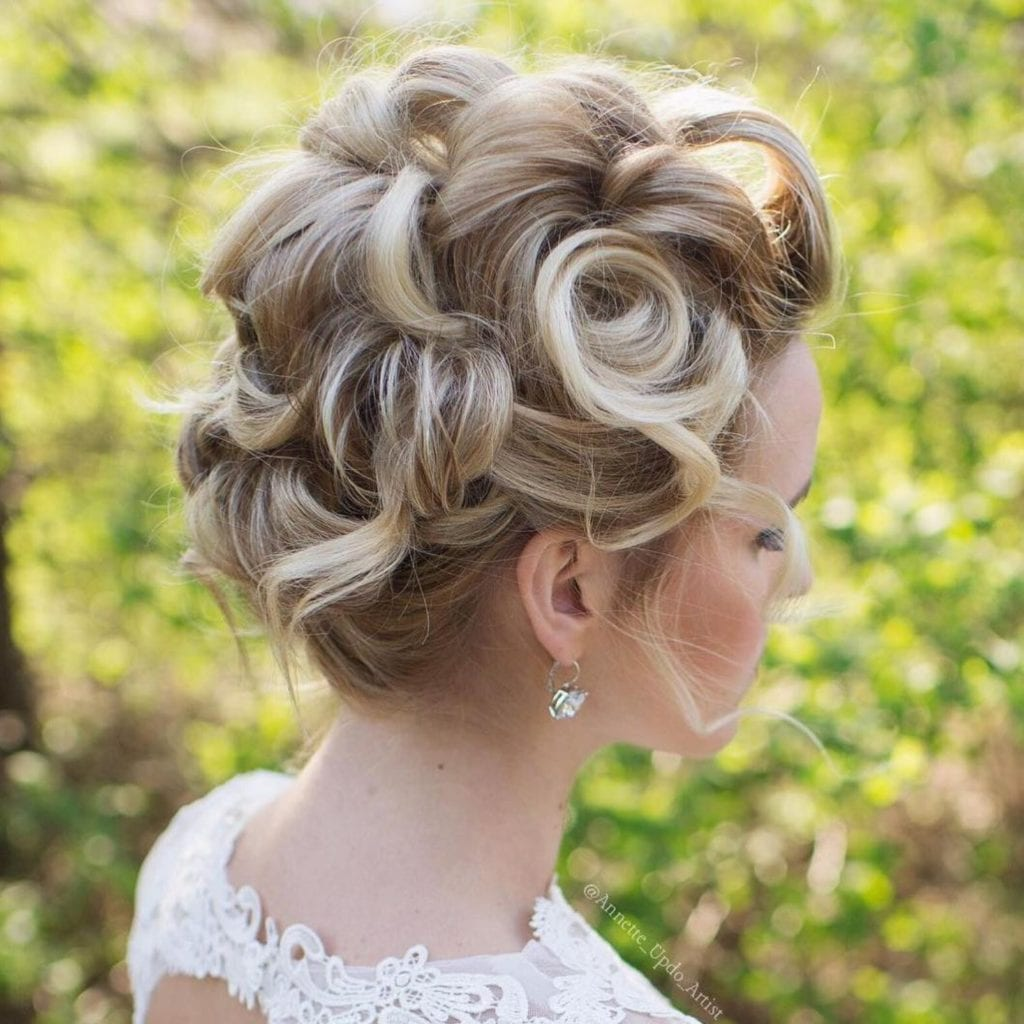 Wedding Guest Hairstyles in 2020- Top 10 Easy Ideas - Imagup