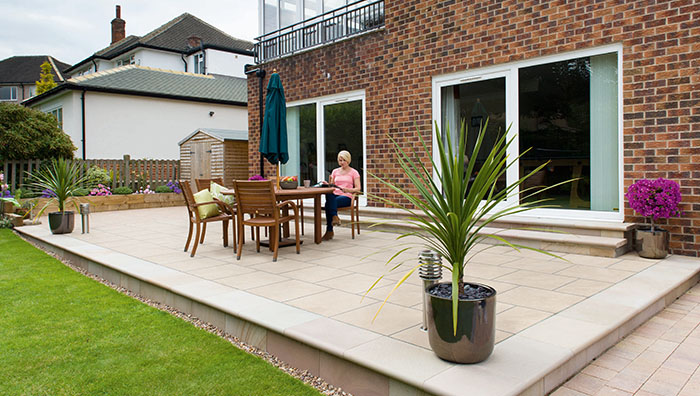 How to Pour Your Own Concrete Patio Slab - 2020 DIY Guide ...